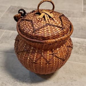 Vintage Boho Small Basket with Lid